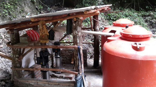 One additional pump was given to this village in order to fulfill the clean water supply needs of 88 families.